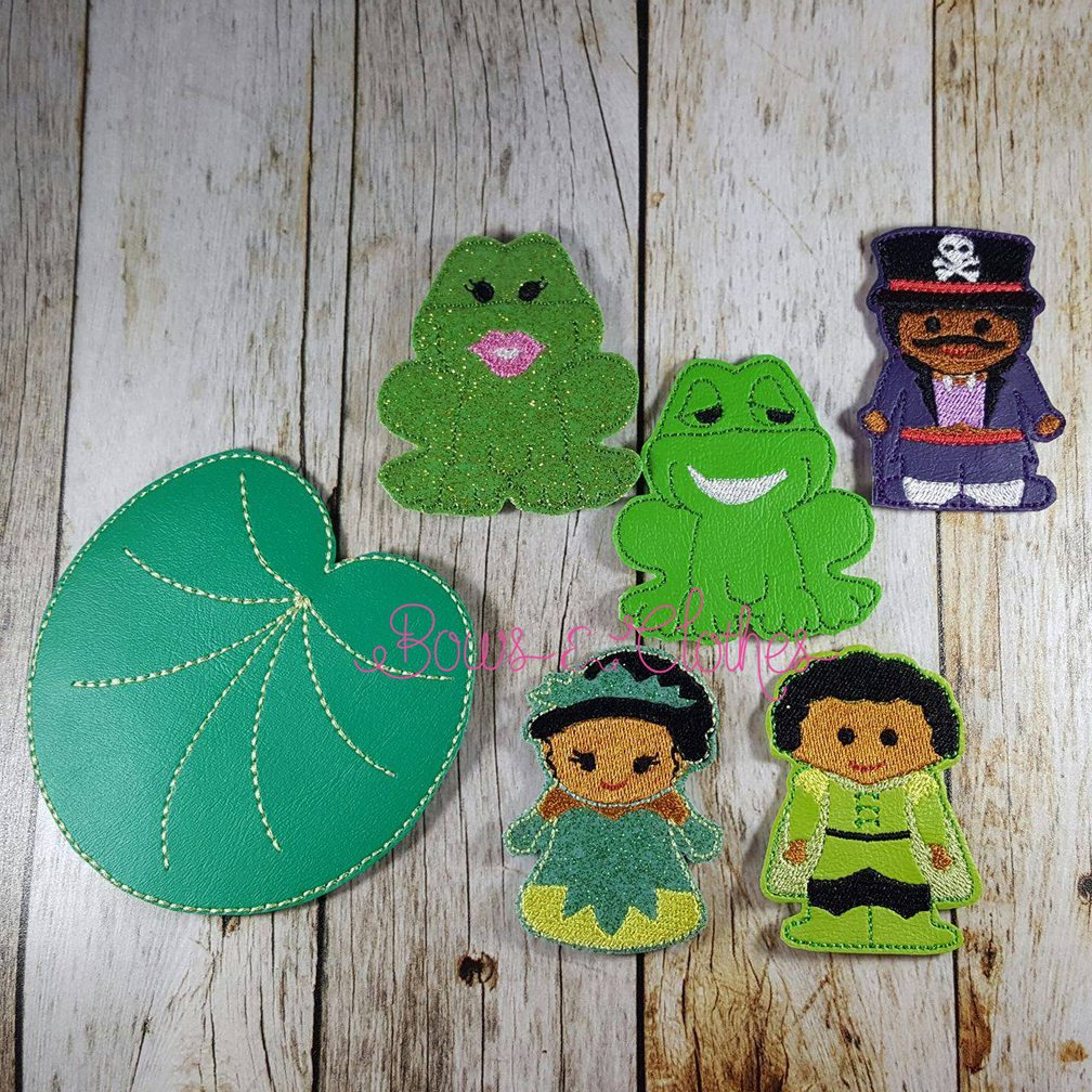 frog princess finger puppets  u2013 bows and clothes