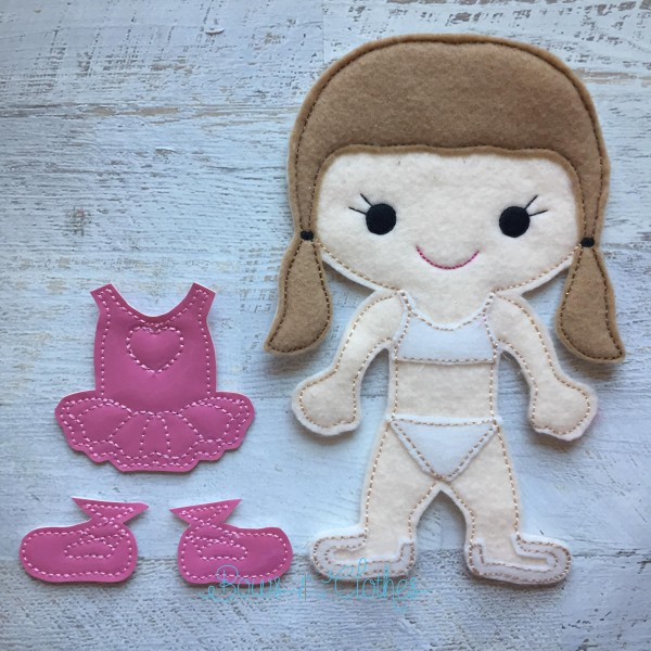 Interchangeable dolls & outfits